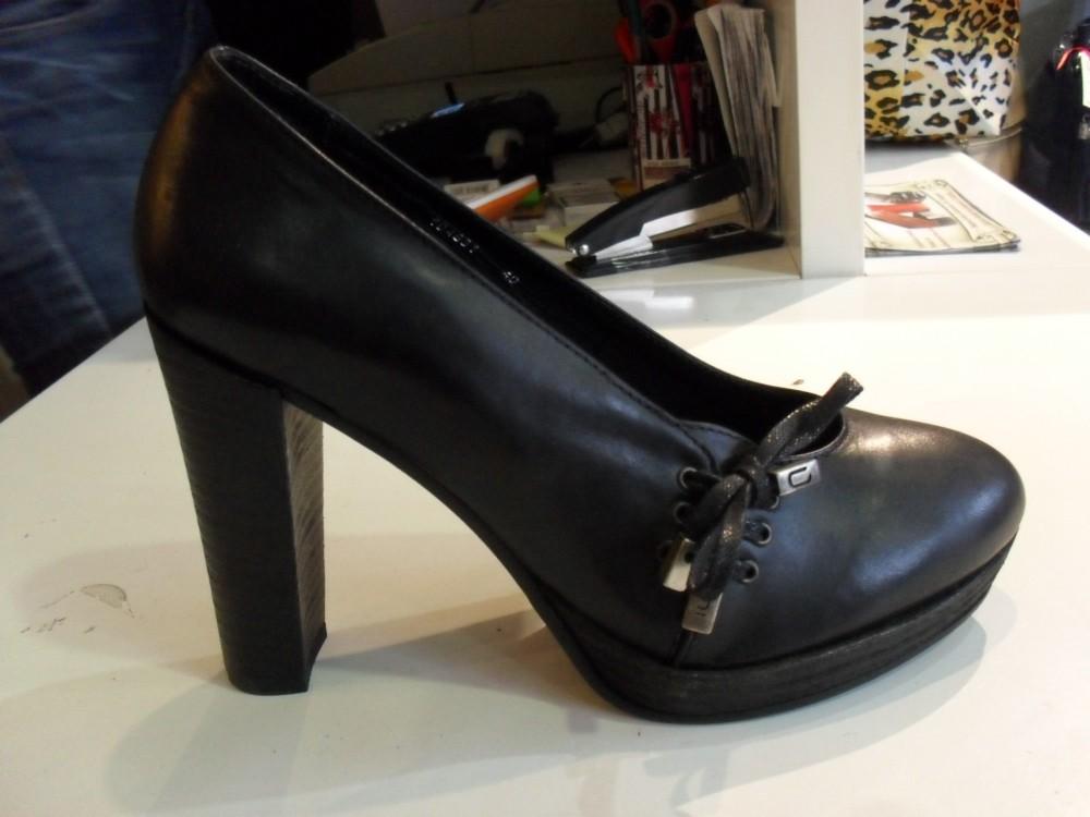 Cinque cipele
